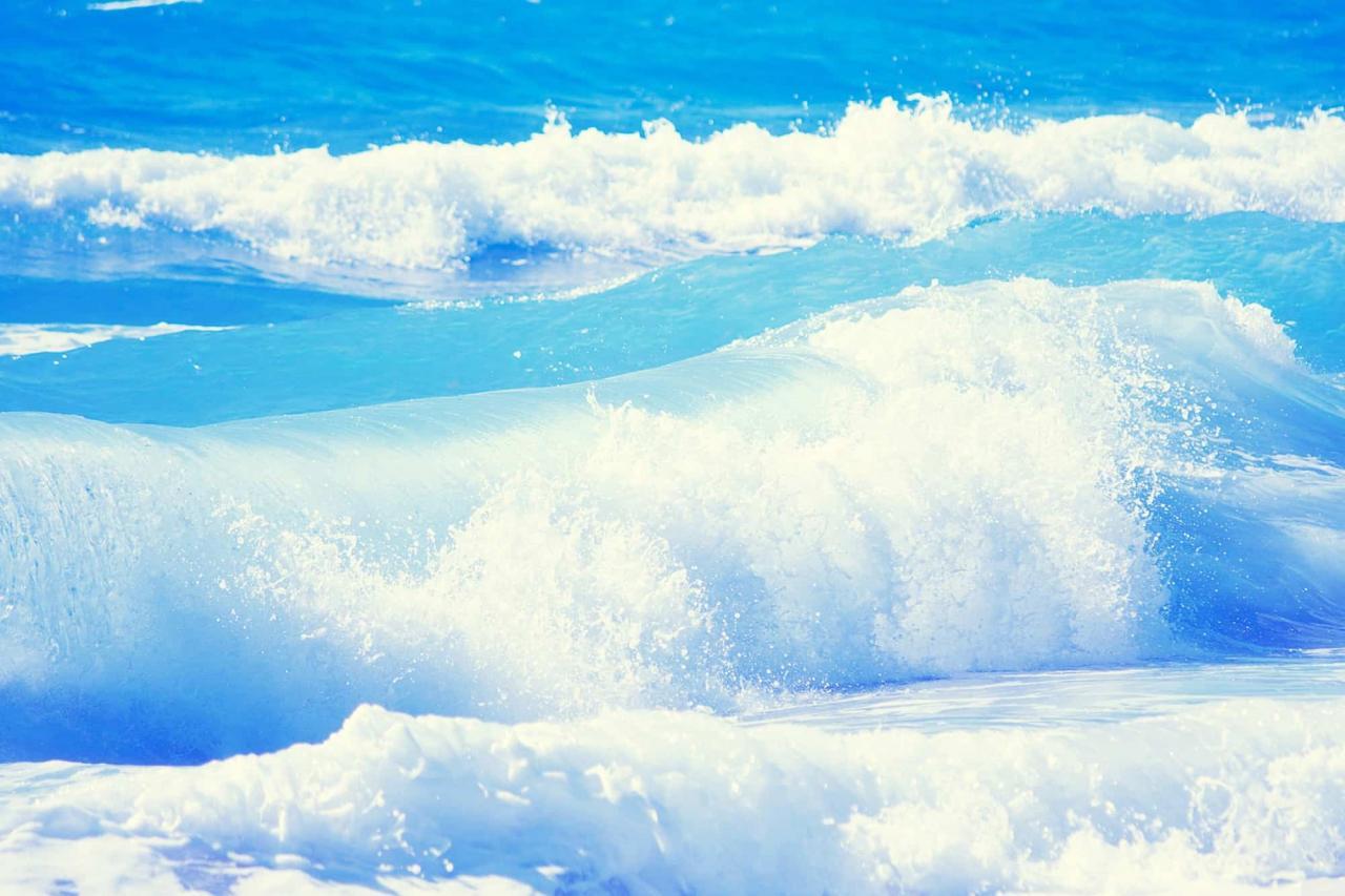 صورة تفسير حلم المحيط , الامواج و البحر فى المنام