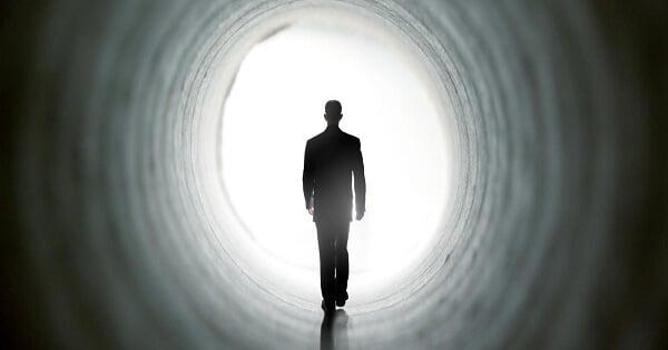 صورة تفسير الموت في الحلم , رؤية الشخص انه يموت في المنام