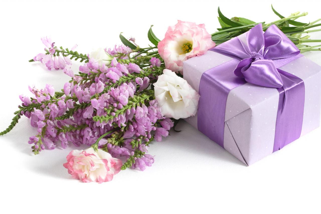 صورة تفسير حلم هدية , اخذ واعطاء هدية فى المنام ما تفسيرها