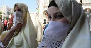 صورة الحجاب في الجزائر , التزام المراه الجزائرية