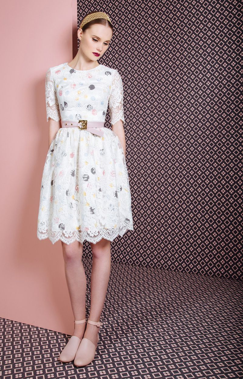 صورة قصات فساتين قصيرة , من اروع الفساتين التى مرت علينا