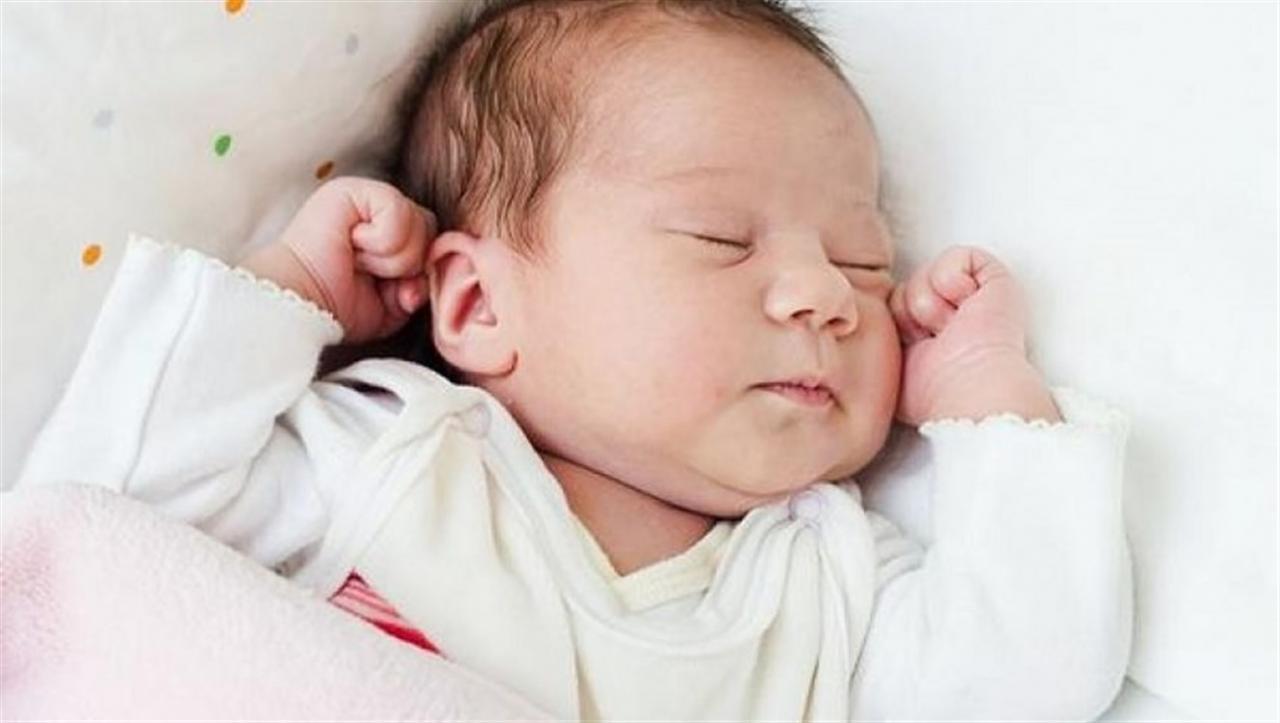 صورة اطفال حديثي الولادة , كل ما تحتاجى للعنايه بطفلك الصغير