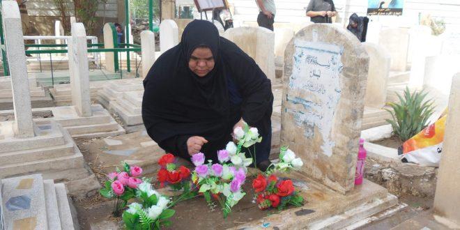 صورة حكم زيارة القبور في العيد , هذا احسن جواب على هذا السؤال