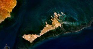 صورة اين تقع جزيرة قرقنة , اشتهرت بتصدير الاخطبوط المجفف وزرقة المياه