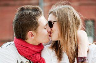 صورة صور قبلات العشاق , العشق والقبلات الدافئه