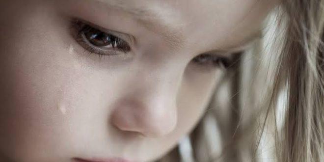 صورة صور لاطفال تبكي , جمال الدموع فى عيون الملائكة الصغار