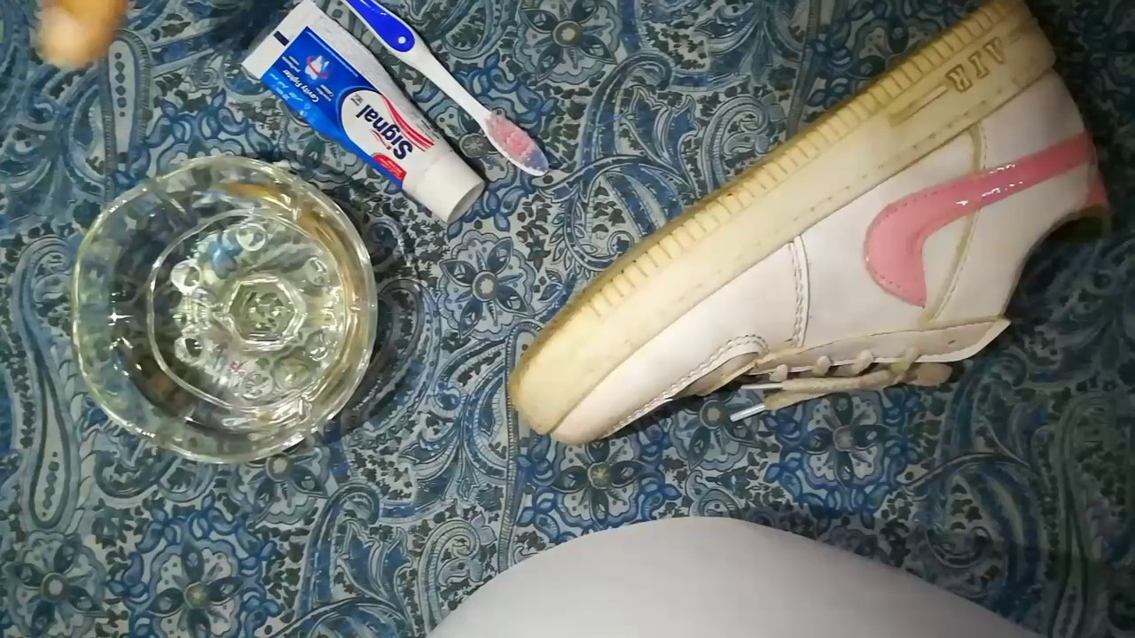 صورة كيف انظف الحذاء الابيض ,طريقه سريعه لتنظيف الحذاء الابيض